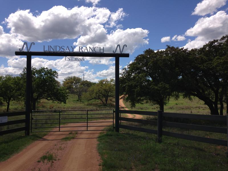 Entrance to the Lindsay Ranch
